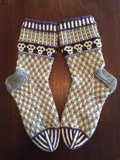 Knit Socks, Knitting Socks, Hand Knitting, Knitting Patterns, Life, Fashion, Knits, Hand Crafts, Tutorials