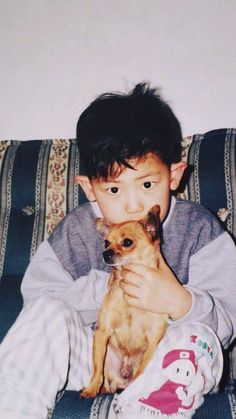 EXO Chanyeol posts a baby photo of himself Exo Chanyeol, Exo Ot12, Exo K, Chanbaek, Kyungsoo, Mark Wahlberg, Tom Cruise, Hugh Jackman, Vixx