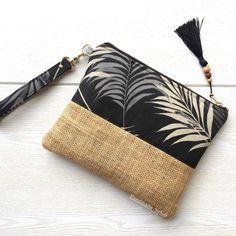 Boho clutch, Burlap clutch, Bridesmaid gift, Wholesale by HandmadebyHerEstonia Pochette Diy, Handmade Fabric Bags, Diy Clutch, Clutch Bags, Diy Accessoires, Diy Bags Purses, Embroidery Bags, Diy Handbag, Jute Bags