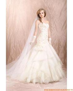 Belle robe de mariée 2012 bustier ornée de fleur en organdi