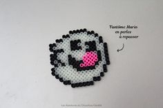 Fantôme phosphorescent Mario en perles à repasser Glowing ghost Mario beads Diy Fleur, Mario, Geek Stuff, Fictional Characters, Hama, Flowers, Birthday, Children, Geek Things