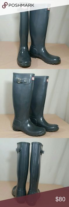 HUNTER ORIGINAL GLOSS Tall Rain Boots Size 7M HUNTER ORIGINAL GLOSS TALL Tall Boots in gray.  This pair of Rain Boots are a size 7 M.  This pair of HUNTER ORIGINAL GLOSS TALL Boots are in excellent condition,  worn only twice by my daughter. Hunter Boots Shoes Winter & Rain Boots