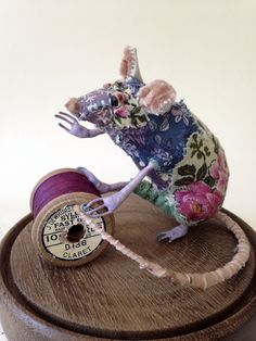 Pippin, textile mouse,  Bryony Rose Jennings   pretty scruffy