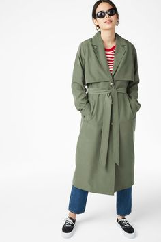A super-soft trench coat with a belted waist and slanted pockets. Yaas!