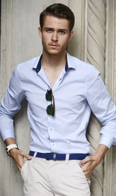 I AM GALLA: nude blue This guy just KNOWS fashion!