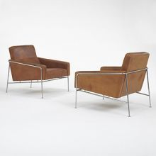 lounge chairs model #3300, pair by Arne Jacobsen