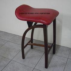 Bent Stool Leather seat Fine Furniture, Stools, Hardwood, Leather, Home Decor, Homemade Home Decor, Natural Wood, Nice Furniture, Stool