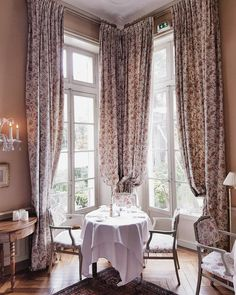 Likes, 34 Comments - Silia Curtains, Instagram Posts, Vienna, Breakfast, France, Home Decor, Morning Coffee, Room Decor, Draping
