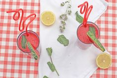 Easy, quick and above all tasty - watermelon lemonade
