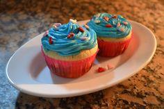 Los cupcakes son un linda alternativa para regalar o endulzar la tarde. Es cierto que las personas diabéticas no pueden consumir alimentos con mucha azúcar, pero lo genial es que podemos preparar estos ricos cupcakes sin necesidad de ocuparla. Hoy en el mercado existen muchas alternativas para ...