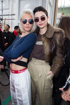Cara Delevingne and Kendall Jenner Kendall Jenner Outfits, Kendall Jenner Photoshoot, Kendall Jenner Mode, Bruce Jenner, Kris Jenner, Cara Delevingne Style, Cara Delevingne Photoshoot, Best Street Style, Bella Hadid Style