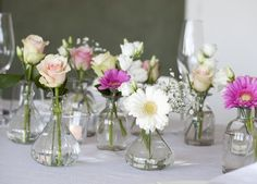 Wedding Table Flowers, Floral Wedding, Wedding Bouquets, Bridal Shower Decorations, Flower Decorations, Wedding Decorations, Small Centerpieces, Wedding Centerpieces, Table Arrangements