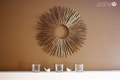 Love this DIY straw sunburst frame! So easy (and cheap!)