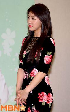 Ha Ji-won 2014 IRS Tax Day
