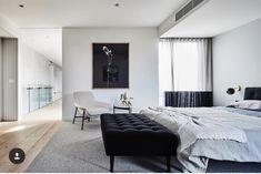 Thomas Archer is a boutique home builder & design company. Discover one of Melbourne's most recommended home builders. Modern Interior, Interior Styling, Interior Design, Architect House, Architectural Elements, Minimalist Home, Elle Decor, Building Design, Custom Homes