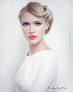 2015 pinup girl wedding hairstyle.jpg