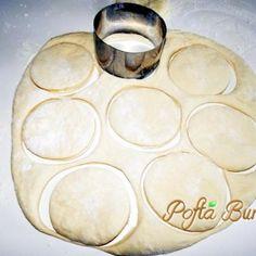 turte-placintele-copilariei (5) Plates, Tableware, Licence Plates, Dishes, Dinnerware, Griddles, Tablewares, Dish, Place Settings