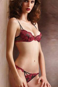 Porte Jartelles Antinea De Lise Charmel Neuf Taille 1 Less Expensive Femmes: Vêtements