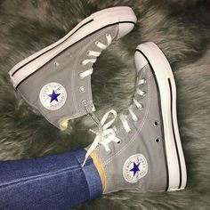 Shop Women's Converse Gray size 8 Sneakers at a discounted price at Poshmark. Chucks by Converse. Hightops with white laces. Mode Converse, Grey Converse, Converse All Star Sneakers, Shoes Sneakers, Custom Converse, High Top Converse, Converse Hightops, Converse Shoes Outfit, Sneakers Fashion