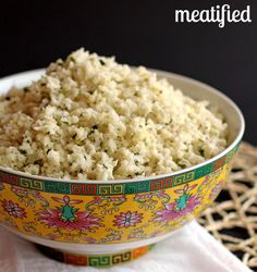 Pinner said: Lime & Coconut Cauliflower Rice! Can't wait to try this one out on my coworkers too they love the garlic ginger cauliflower rice! Paleo Whole 30, Whole 30 Recipes, Whole Food Recipes, Whole 30 Vegetarian, Low Carb Recipes, Vegetarian Recipes, Cooking Recipes, Healthy Recipes, Coconut Cauliflower Rice