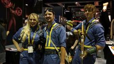 Fallout cosplay You are in the right place about DIY Costume male Here we offer you the most beautiful pictures about the easy DIY Costume you are looking for. When you examine the Fallout cosplay par Funny Diy Costumes, Easy Diy Costumes, Group Costumes, Costume Ideas, Halloween Cosplay, Cosplay Costumes, Fallout Cosplay, Fallout Art, Mermaid Pictures