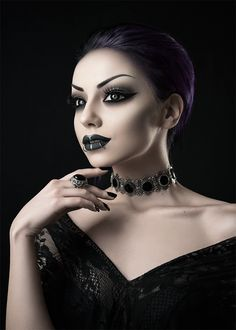 Model/ Photo/ Makeup: Darya Goncharova Jewelry: Mystic Thread Welcome to Gothic and Amazing |www.gothicandamazing.com