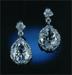 Marie Antoinette's earrings of diamonds and platinum.  Later owned by Marjorie Merriweather Post.