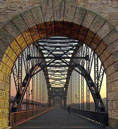 The old Hamburg-Harburg bridge over the Elbe