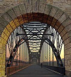 The old Hamburg-Harburg bridge over the Elbe