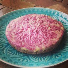 ♥Raw-Raspberry-Cake♥ Rezept gibt`s auf meinem Blog:) www.emmakochtgruen.weebly.com