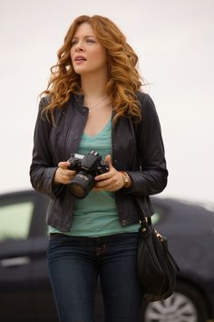 Under the Dome is a good show but more importantly her hair color and style...LOVE!