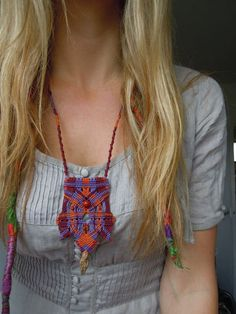 Colourful handmade Macrame necklace with native by Lillagunilla