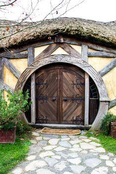 hobbiton - gorgeous door & hardware