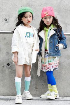 These Kids at Seoul Fashion Week Have the Style I Aspire to Have Right Now Holy Cuteness Overload! These Kids at Seoul Fashion Week Have the Style I Aspire to Have Right Now Fashion Kids, Girl Fashion, Fashion Dresses, Little Boy Fashion, Trendy Kids, Stylish Kids, Seoul Fashion, Zara Kids, Child Models