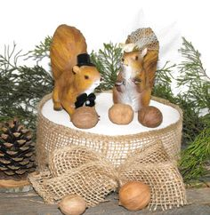 Squirrel Wedding Cake topper, Squirrel cake topper,  wedding cake topper, rustic wedding, wedding topper wood - pinned by pin4etsy.com