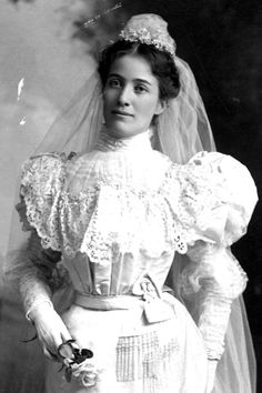 New bride Grace, mid 1890's Galesburg, Illinois