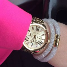 On my way home  #after #work #going #home #michaelkors #swarovski #bracelet #watch #pink #stardust #tedbaker #coat #neon #pink #nofilter