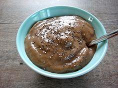 Hedelmäinen raakapuuro |  Raw fruit porridge. Recipe in English: http://www.gurmee.net/en/2013/07/10/hedelmainen-raakapuuro/
