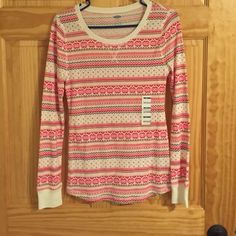 ⭐FINAL SALE⭐️️Size medium old navy thermal shirt Size medium old navy thermal shirt. Never worn. Holiday pattern. MOVING SALE: ALL ITEMS NOT SOLD BY MAY 12th WILL BE DONATED! Old Navy Tops Tees - Long Sleeve