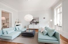 Small Apartment Design with Soderhamn Ikea Soderhamn, Light Blue Sofa, Sofa Design, Interior Design, Interior Decorating, Ikea Couch, Small Apartment Design, Apartment Interior, Apartment Ideas