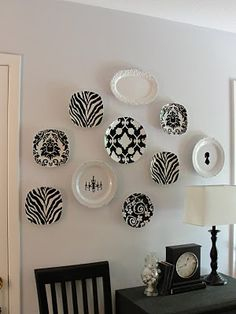 black and white free flowing wall plates