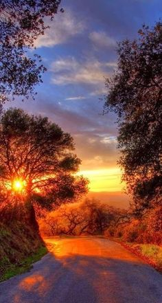 Pictures Of Beautiful Places, Nature Pictures, Pretty Pictures, Snow Light, Autumn Scenery, Scenic Photography, Beautiful Sunrise, Sunset Photos, Nature Wallpaper