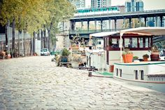 The subway, the Seine... Paris' 7th district, where the Cadran Hotel is located, is magnificent!  Find out more on our blog: http://cadran-hotel-gourmand.com/