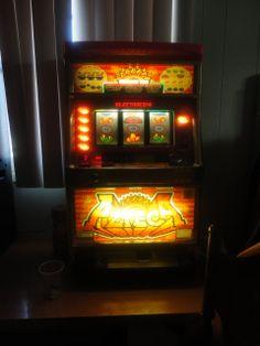 Casino Slot Machine Azeca Japanese by PatsapearlsBoutique on Etsy, $800.00