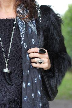 Scarf collar ring boho style
