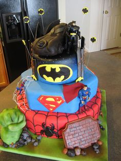 batman, spiderman, superman cake | superheroes cake. The Hulk, Spiderman, Superman, Batman. | Flickr ...