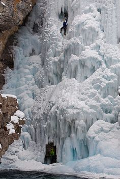Frozen Upper Falls in Johnston Canyon, Banff NP, Canada (by Grant Mattice).