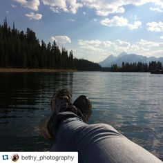 #Repost @bethy_photography  Relaxing by the water #water #pic #picoftheday #beauty #love #lake #nofilter #northamerica #travel #explore #adventure #colorful #color #colour #wild #walk #wanderlust #bethy_photography
