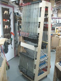Mobile Clamp Rack / Chariot mobile pour serre-joints