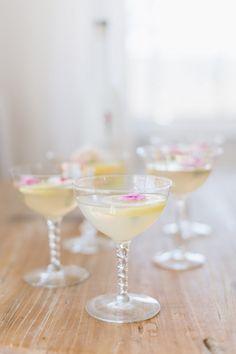 Cocktail: Sparkling Floral Lemon Drop